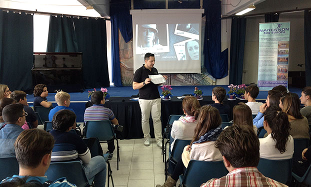 Paolo Stucchi conferenze di prevenzione all'uso di droghe